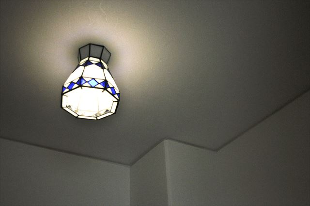 照明ホール