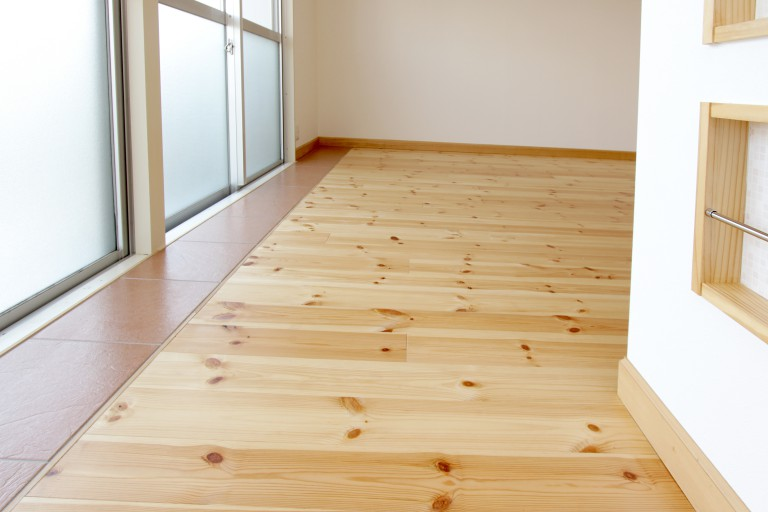 無垢 床板 暖かくて暮らし心地が最高