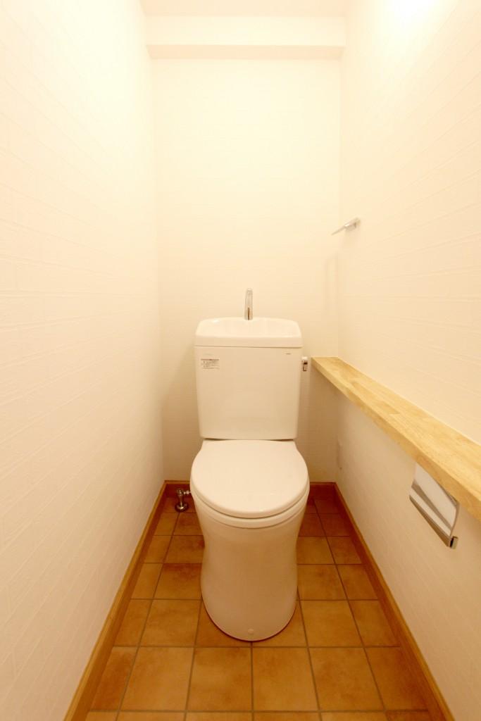 明るくて快適なトイレ