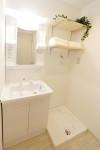 新しい洗面台・洗濯機置場